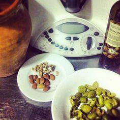 Pâté de aceitunas y frutos secos