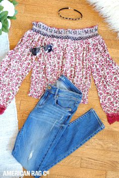 How to wear a choker necklace: pair our Ripped Charlie Wash Skinny Jeans and an off-the shoulder floral peasant top. The choker will give your feminine look an edge.