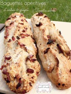 Aux olives, aux lardons, au gruyère, aux tomates séchées, faites vous plaisir et variez vos baguettes apéritives. Suivez la recette de ma Baguette Rustique ici : http://lesgourmandsdisentdarmelle.over-blog.com/2014/02/baguette-magique.html Ingrédients:...