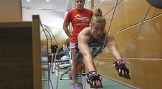 El día más largo de Mireia Belmonte - MARCA.com. La dura rutina de una crack mundial de la natación.