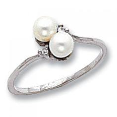 14k White Gold Pearl AA Diamond Ring goldia http://www.amazon.com/dp/B0041Q74ZS/ref=cm_sw_r_pi_dp_e97Ptb1ER1QH6NFK