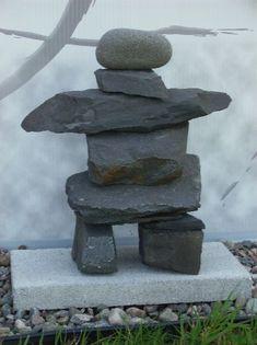 Inutschuck Landscaping With Rocks, Outdoor Landscaping, Stone Cairns, Zen Rock Garden, Rock Sculpture, Garden Lanterns, Rock Decor, Garden Crafts, Pebble Art