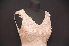 Gehrock, Brautkleid, Seidenkleid, Brautmutterkleid, mother of bride Dresses, Fashion, Frock Coat, Bridal Gown, Curve Dresses, Gowns, Moda, La Mode, Dress