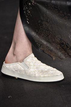 e98cc002c Galeria de Fotos Acerte o passo: os melhores sapatos nas tendências mais  quentes do SPFW // Foto 29 // FFW