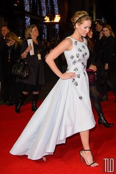 Jennifer-Lawrence-Hunger-Games-Mockingjay-Part-1-London-Premiere-Red-Carpet-Fashion-Christian-Dior-Tom-Lorenzo-Site-TLO (5)