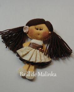 Felt Brooch Fabric Brooch Felt doll Doll Brooch by Bauldemalinka, €15.00