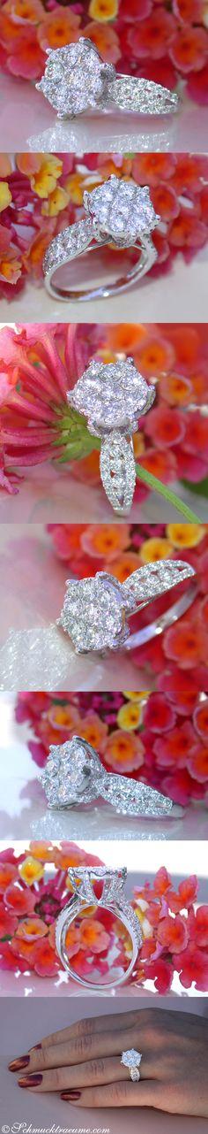Fabulous Solitaire Style Diamond Ring | 2.33 ct. G VS2 | Whitegold 18K - Visit: schmucktraeume.com Like: https://www.facebook.com/Noble-Juwelen-150871984924926/