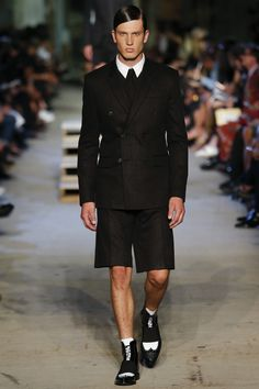 Givenchy Spring 2016 Ready-to-Wear Fashion Show - Marinus de Beer