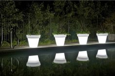 How cool are these planters?