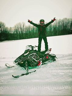 Divas SnowGear: DSG Ambassador Rachael S. enjoying the snow in New...