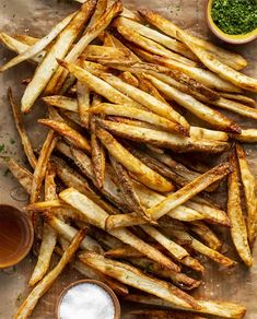 Air Fryer Salt and Vinegar French Fries Oven French Fries, Fries In The Oven, Fries Oven, Homemade Fries, Homemade French Fries, Hand Cut Fries, Air Fried Food, Air Fryer Recipes Easy, Side Dish Recipes