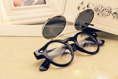2015 New Women & Men Vintage Sunglasses Summer Oculos Gafas De Sol Masculino Feminino Black Frame Double Flip Glasses Hot Sale - http://www.aliexpress.com/item/2015-New-Women-Men-Vintage-Sunglasses-Summer-Oculos-Gafas-De-Sol-Masculino-Feminino-Black-Frame-Double-Flip-Glasses-Hot-Sale/32389883413.html