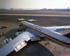 Cathay Pacific Convair 880 (Vintage Aircraft)