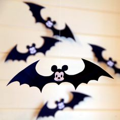 Mickey Cutie Halloween Bats - This is great for the young kids!
