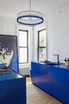 Il colore preferito dagli zar russi, in un appartamento di Brooklynelledecoritalia