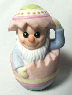 "Vintage Gnome Figurine Mr Mischief Easter Egg COR 1986 Ceramic Bisque 3.5"" #COR"