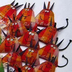 Hračky do kapsy ĎÁBELSKÉ ;o) / Zboží prodejce blueprint Projects For Kids, Art Projects, Monster Dolls, Textiles, Sewing Toys, Doll Toys, Christmas Ornaments, Pillows, Halloween