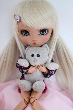 Love of a teddybear by Gaaraa-faaan.deviantart.com