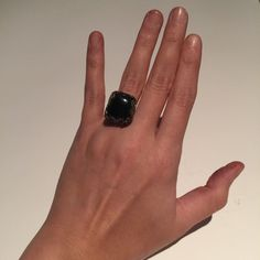 SALE! o n y x  • r i n g Black Onyx Stone set in Sterling Silver Ring | Silver needs Polishing | Stamped 925 on back | Silver Filigree Leaf design around stone | Ring is size 6.0-6.5 Jewelry Rings