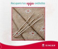 #TipSinger Materiales: Usa papel lija, jabón en barra seco y un trapo.  Lija suavemente las agujas y pasa el trapo para quitar los residuos de óxido, por último, frota el jabón para dejarlas suaves y ahora están listas para usarlas.