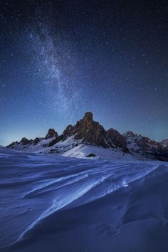 lifeisverybeautiful:  Night in the Dolomites by Martin Rak