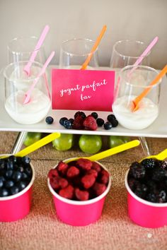 yogurt parfait bar, infused with citrus-y hues and glittery champagne bottles.