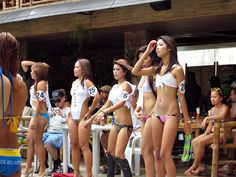 Scorebirds Hotel Angeles City pool party sexy Filipinas #angelescity #poolparty #philippines