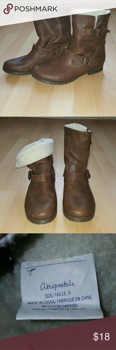Aeropostale Short Boots Cute Brown Boots that can be worn up or folded down showing the cream color fur inside.  Worn only twice.  Great condition! Aeropostale Shoes Ankle Boots & Booties