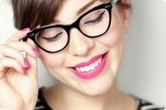 dicas de maquiagem para mulheres que usam óculos