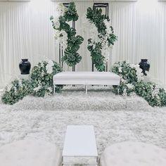 Solemnisation of Mohammad Zulhusaini Dato Md Haris Bukit Jelutong… Wedding Backdrop Design, Wedding Reception Backdrop, Wedding Stage Decorations, Engagement Party Decorations, Tea Party Wedding, Garden Wedding, Dream Wedding, Malay Wedding, Wedding Scene
