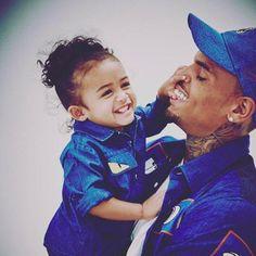 chris brown and royalty Black Love, Black Is Beautiful, Chris Brown Daughter, Chris Brown Wallpaper, Chris Brown Pictures, Chris Brown And Royalty, Chirs Brown, Breezy Chris Brown, Ft Tumblr