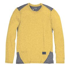 The PureProject Long Sleeve from Brooks is technical enough for the sweatiest of runs and soft, comfy, and stylish enough for your post-run beer or coffee date. Long Sleeve Running Shirt, Running Shirts, Long Sleeve Shirts, Gifts For Runners, Cool Gifts, Beer, Comfy, Guys, Stylish