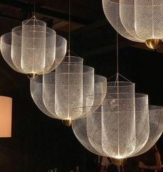 The Design Awards & Competition - Die Gewinner - DIY + home - Beleuchtung Interior Lighting, Home Lighting, Modern Lighting, Chandelier Lighting, Art Deco Chandelier, Staircase Lighting Ideas, Best Kitchen Lighting, Kitchen Lighting Design, Club Lighting