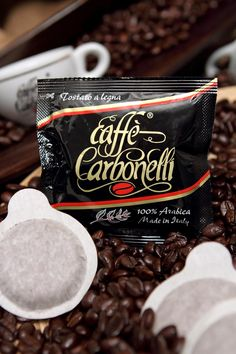 $48.68 or €36,20 for 150 ese pods Caffè Carbonelli 100% Arabica. In our online store www.caffecarbonellishop great discount: 1500 ese pods 100% Arabica: $ 311.85 or € 231.90  Our pod 100% Arabica Caffè Carbonelli  #coffee #caffe #arabica #napoli #wood #oak
