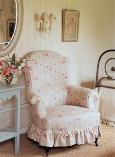 Kate Forman -  Kate Forman Fabric Collection - Classic upholstered armchair with light blue/grey and white stripes and red roses and small white lamp shades with flowers