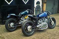 Love the Virago as a cafe bike... who wants the CBR, I want to build a cafe.