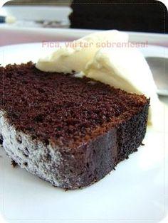 Fica, vai ter sobremesa!: Bolo de chocolate com café