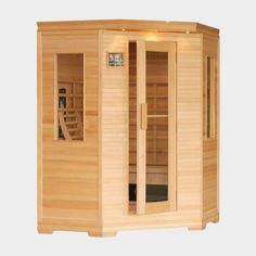 """Die große Infrarot-Wärmekabine """"Sumba II"""" aus kanadischer Hemlocktanne ist für 3 bis 4 Personen ausgelegt und bringt durch die weiteren 2 Glaselemente ein besonders gemütliches Feeling hervor. Inkl. äußere sowie innere Steuerung, 3 Halogenspots, Radio/MP3 mit Fernbedienung und 2 Lautsprechern. #infrarot #infrarotkabine #infrarotwärmekabine #wellness #sauna"""