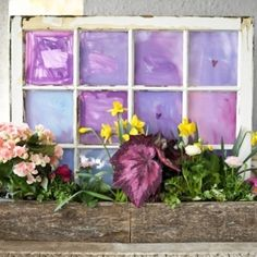 31 Ways to Use Old #Windows and Frames ... → DIY #Frames