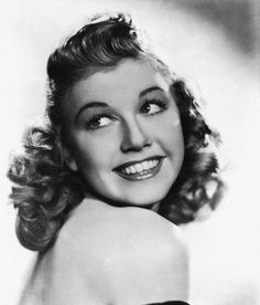 3/23/14  9:40a    Doris Day: Very Early Photo.  Her Hair  is Darker here. No Date: 1940's?