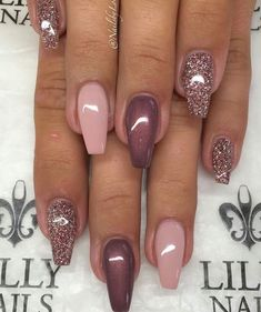 Semi-permanent varnish, false nails, patches: which manicure to choose? - My Nails Fabulous Nails, Gorgeous Nails, Pretty Nails, Pretty Toes, Cute Acrylic Nails, Acrylic Nail Designs, Nagellack Design, Pink Nails, Glitter Nails