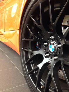 M 3 Bmw M1, Bavarian Motor Works, Bmw Vehicles, Bmw Cars, Euro, German, Wheels, Design, Style