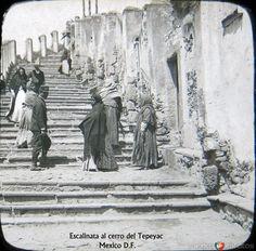 Fotos de Ciudad de México, Distrito Federal, México: Escalinata del Cerro del Tepeyac 1900