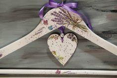 Lavender Hanger, Bride Hanger, Wedding Hanger, Bridesmaid Lavender Hanger, Personalized Floral Hanger, Shower Party, Retro Wood Hanger, Gift