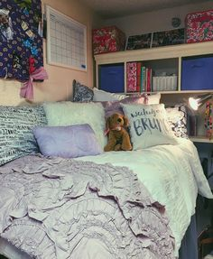 Pin by gonawa on 42 purple dorm room ideas bedspreads in 2019 Cozy Dorm Room, Dorm Room Storage, Dorm Room Bedding, Cute Dorm Rooms, Cozy Bedroom, Bedroom Ideas, Ole Miss, Purple Dorm Rooms, Purple Bedrooms