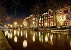 #Amsterdam Light Festival. Géraud Périole, Open Lounge (2015) © Frank Karssing
