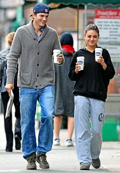 Lovebirds Ashton Kutcher and Mila Kunis picked up coffee and a newspaper in New York City October 8.