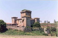 Camino Routes, Medieval Castle, Palaces, Places To Go, Europe, Building, Reformation, Abandoned Mansions, 14th Century