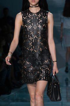 Versace at Milan Spring 2015 (Details)