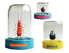 Insectenpotjes: gerecycled glazen potje op een handgemaakte sokkel van papier-ma... Art 🎨  #een #gerecycled #glazen #handgemaakte #Insectenpotjes #papierma #potje #sokkel #van #Art